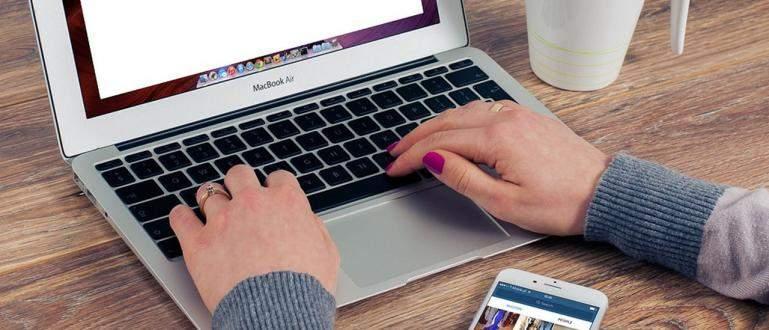 Cara Screenshot Potret di Komputer