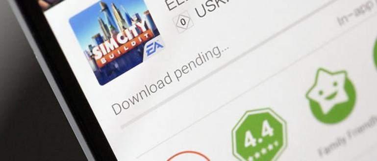 Mengatasi Download Tertunda di Google Play Store