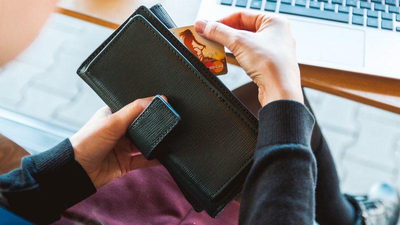 Sistem Pembayaran Asia E-Commerce