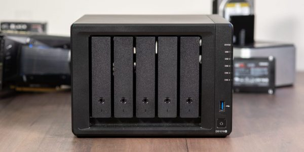 NAS Synology DS1019+